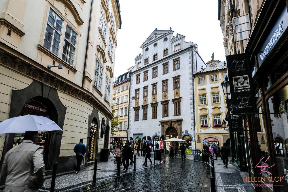 Winkelen in de Regen Praag