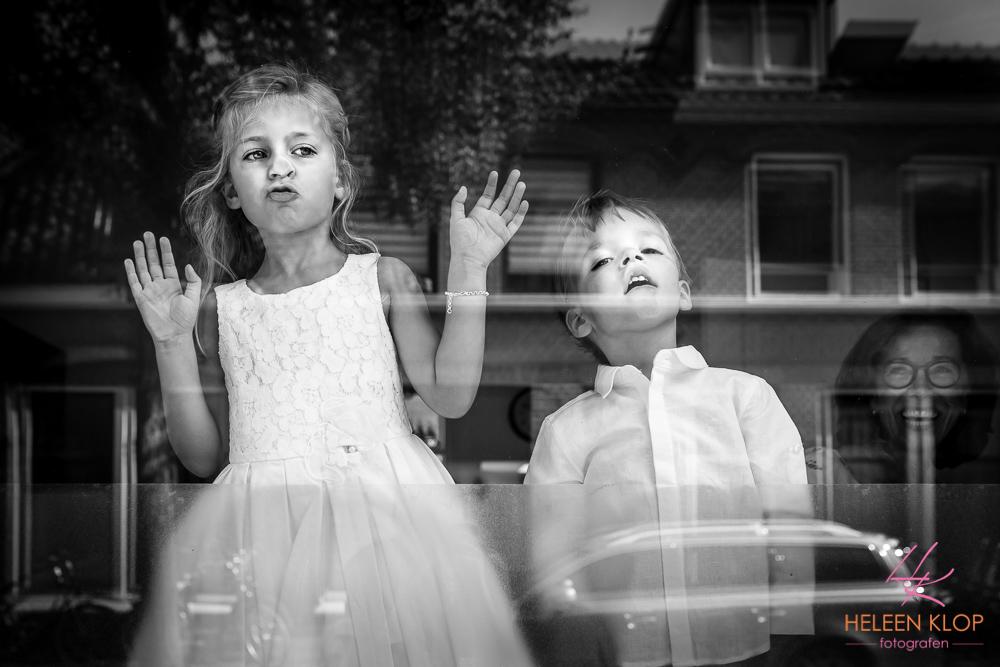 Bruidskinderen wachten ongeduldig